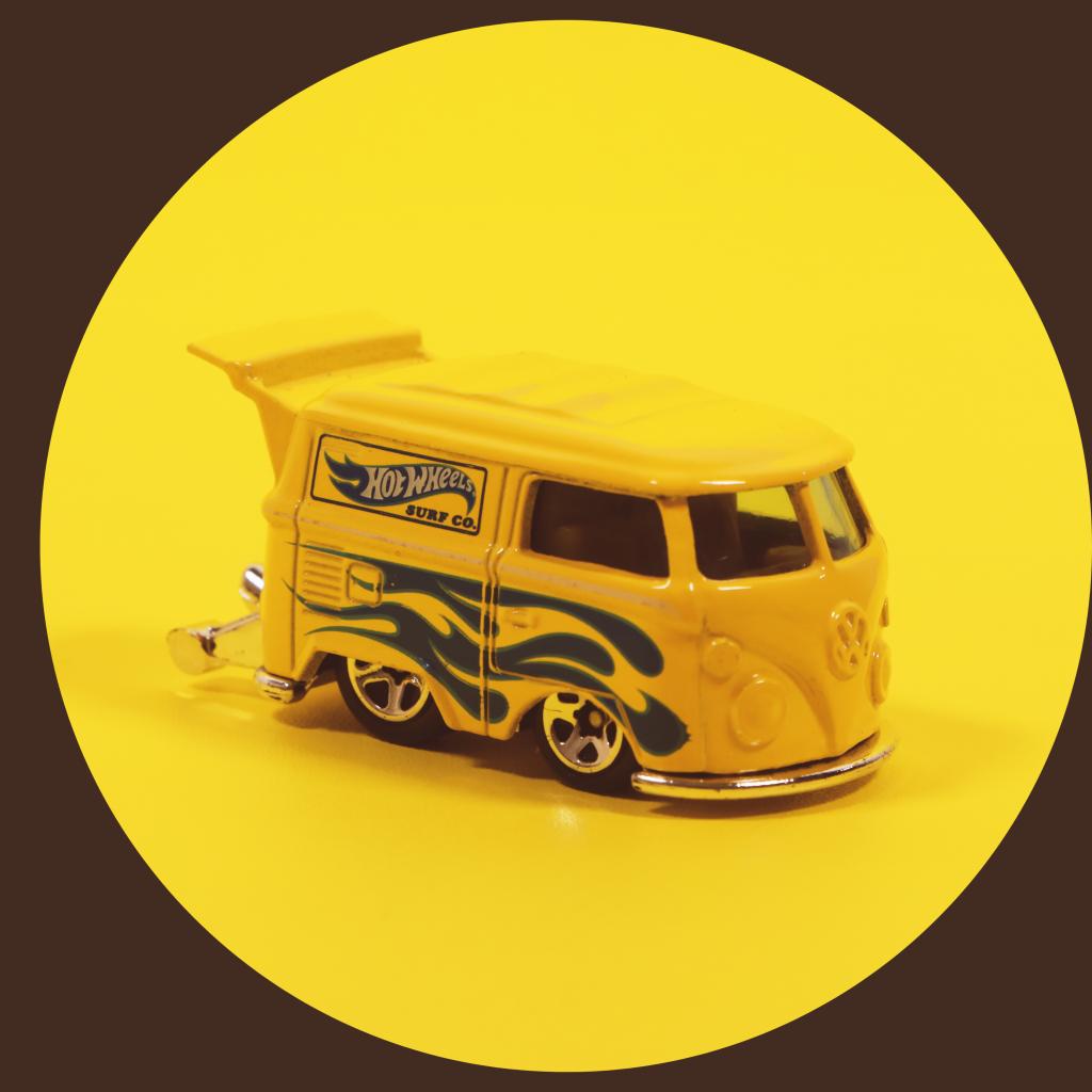 HW Transport yellow van