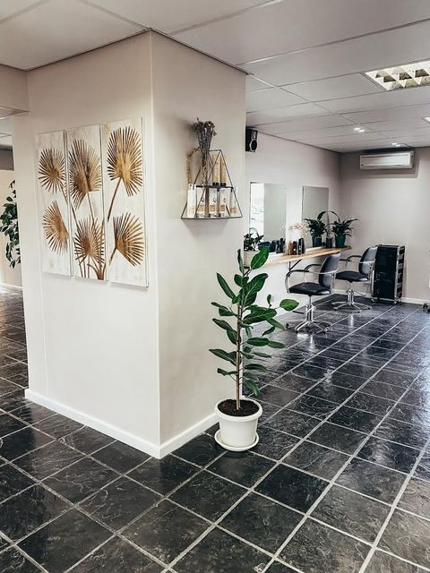 Interior of Gisela's Hair and Beauty