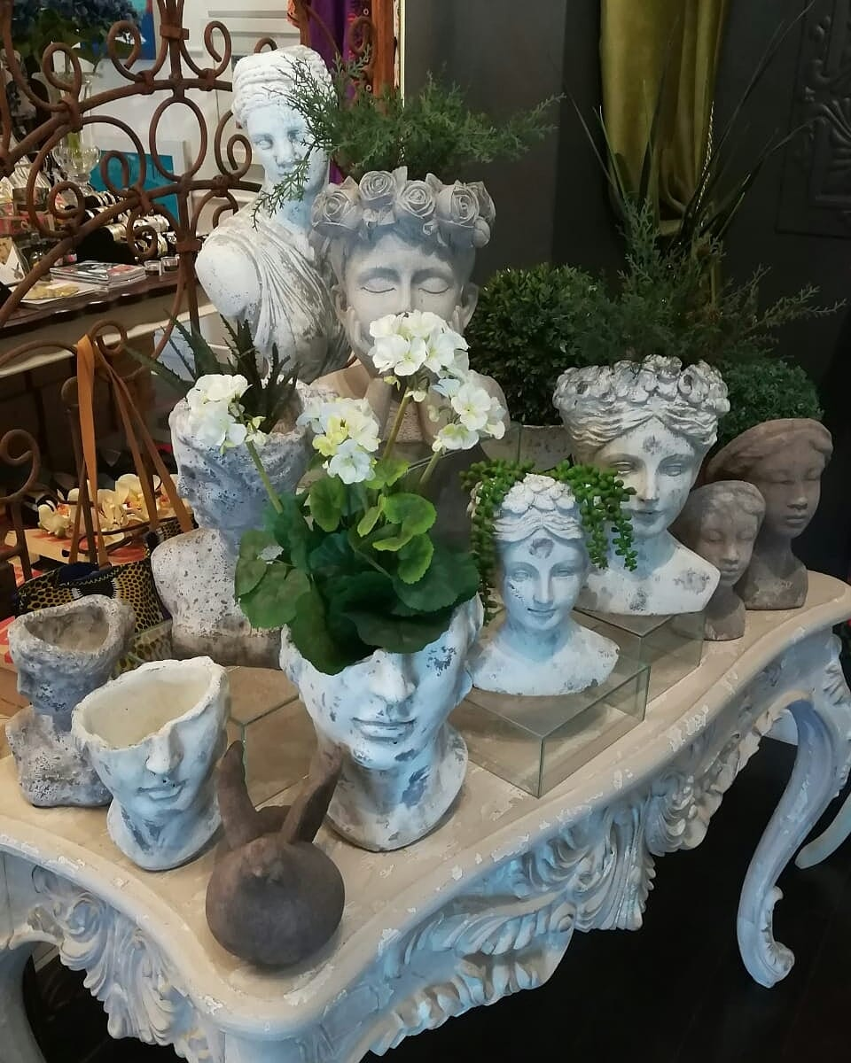 Planterheads and sculptures